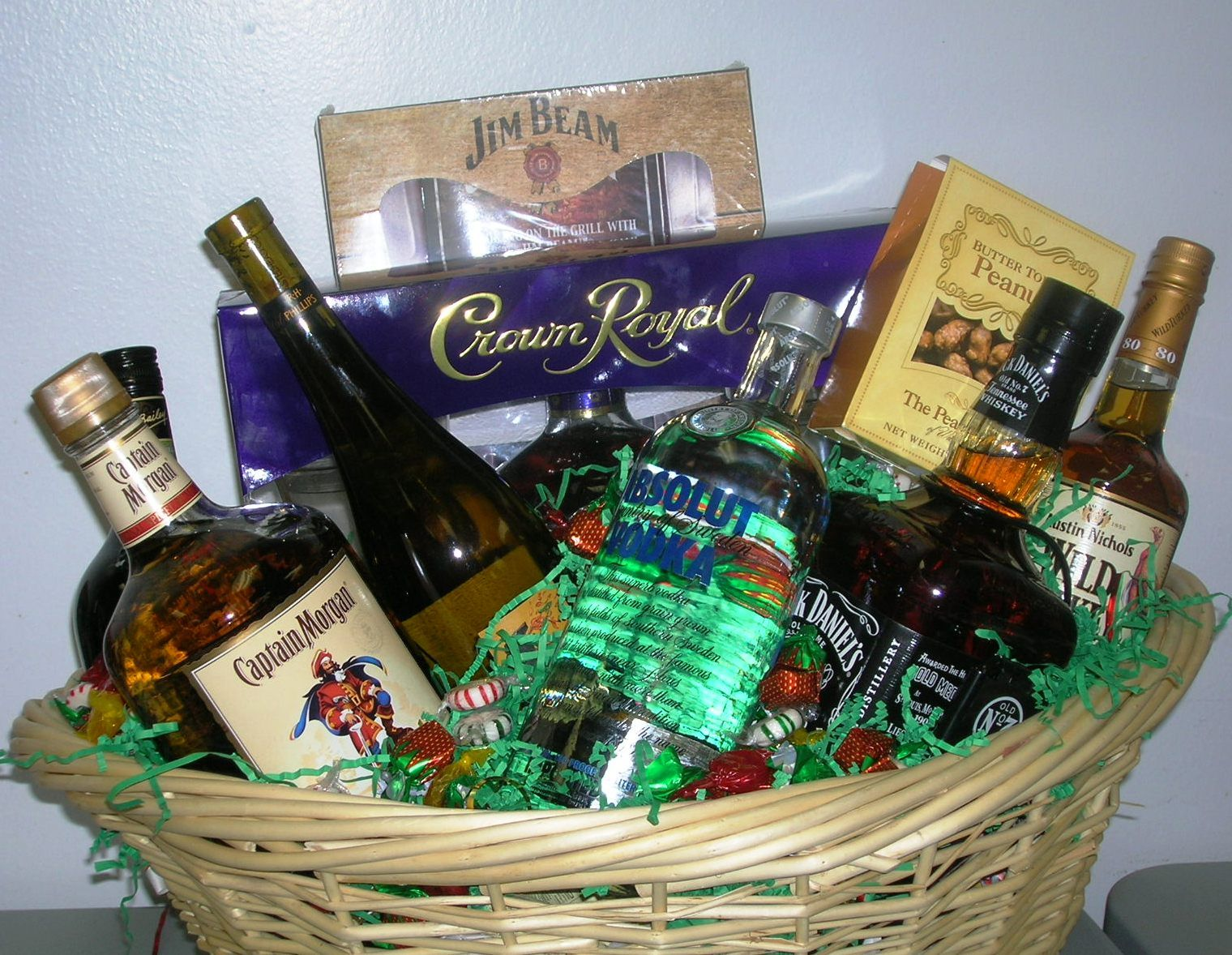 Liquor CAbinet Basket - sold for $250 | AAU Auction Ideas ...