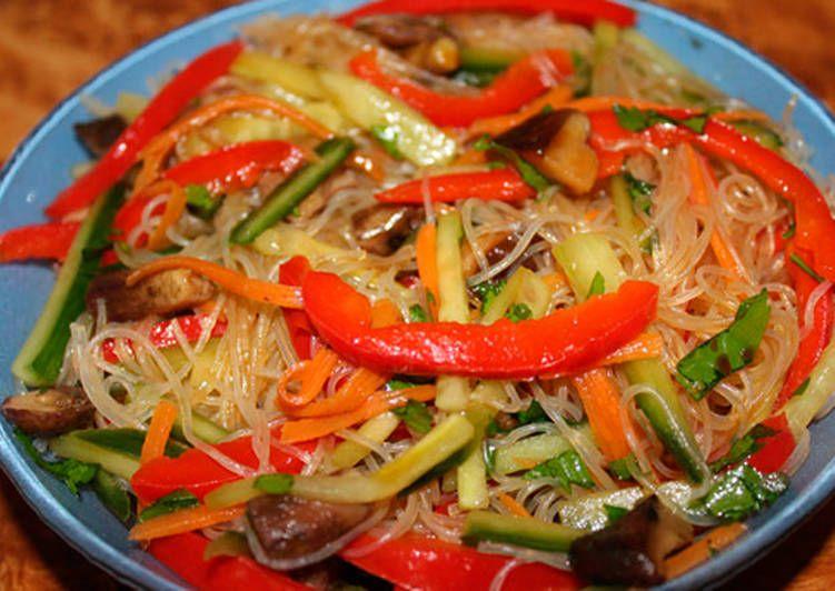 Салат Фунчоза овощной - пошаговый рецепт с фото. Автор ...