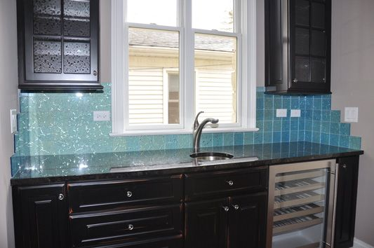 color shifting glass tiles by modono used for a stunning kitchen rh pinterest com