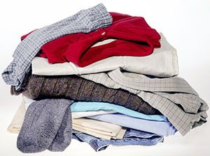 how to get mildew out of colored clothes