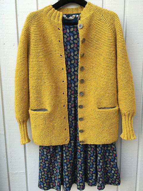 That sweater! No pattern, but looks easy to duplicate. | knitting ...