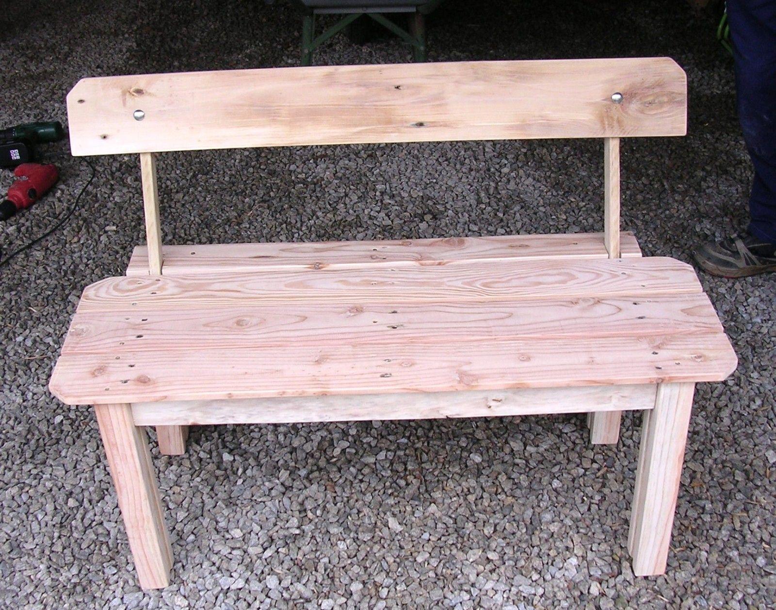 Avec 2 palettes en bois, j'ai fait deux jolis bancs... - Le serviettage de Nafeuse