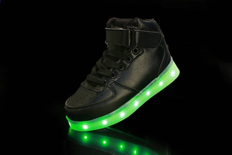 2017 mode high top kinderen led lichtgevende sneakers usb