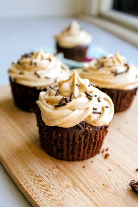 mini peanut butter cupcakes