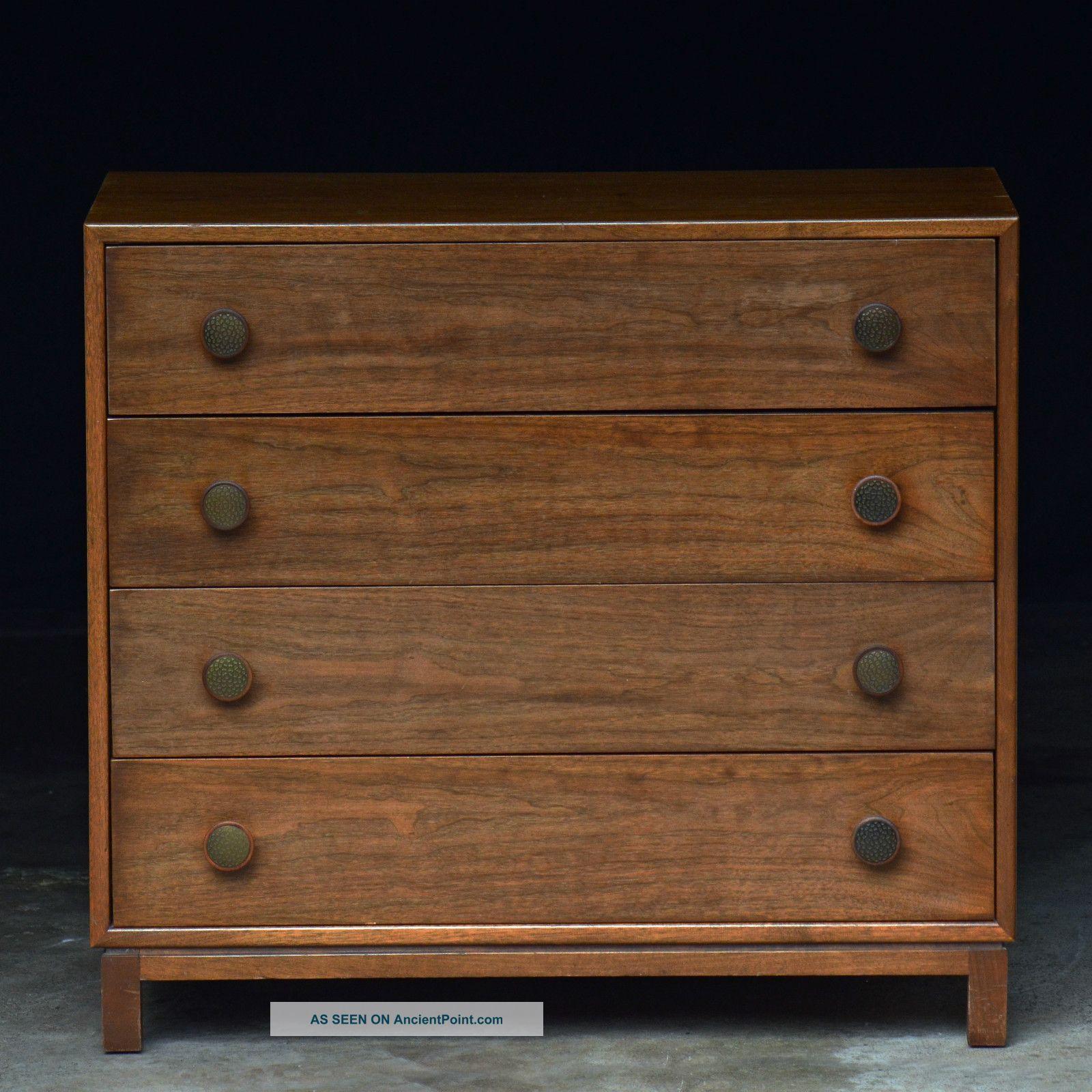 Best Vintage Mid Century Modern Walnut Dresser Chest Of 4 400 x 300