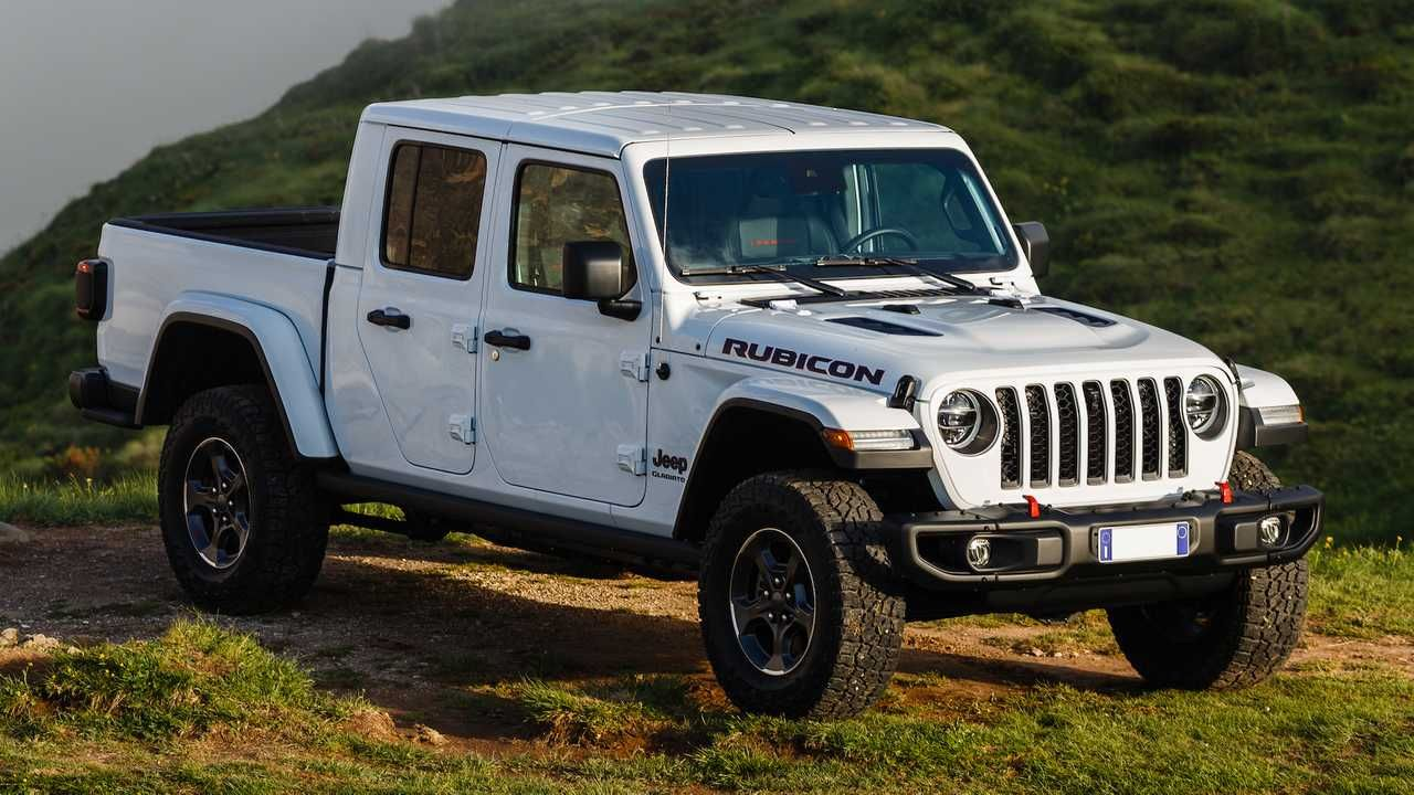 Lease A Extra Costly Jeep Gladiator For Much Less Than A Wrangler With Images Jeep Gladiator Jeep White Jeep