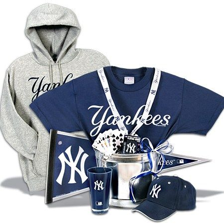 Gifts for Yankee Fans  New York Yankees Gift Basket Deluxe   Gift ...
