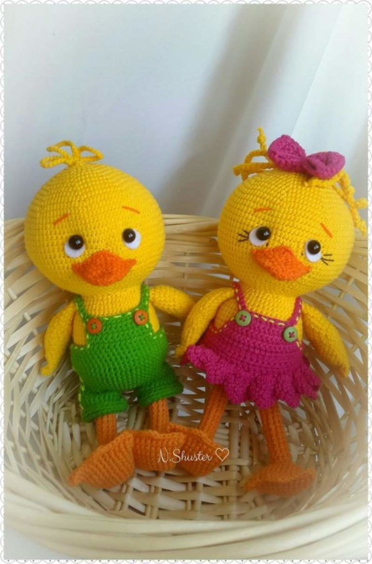 20+ Quick and easy Easter crochet patterns to celebrate the season of colors - Hike n Dip