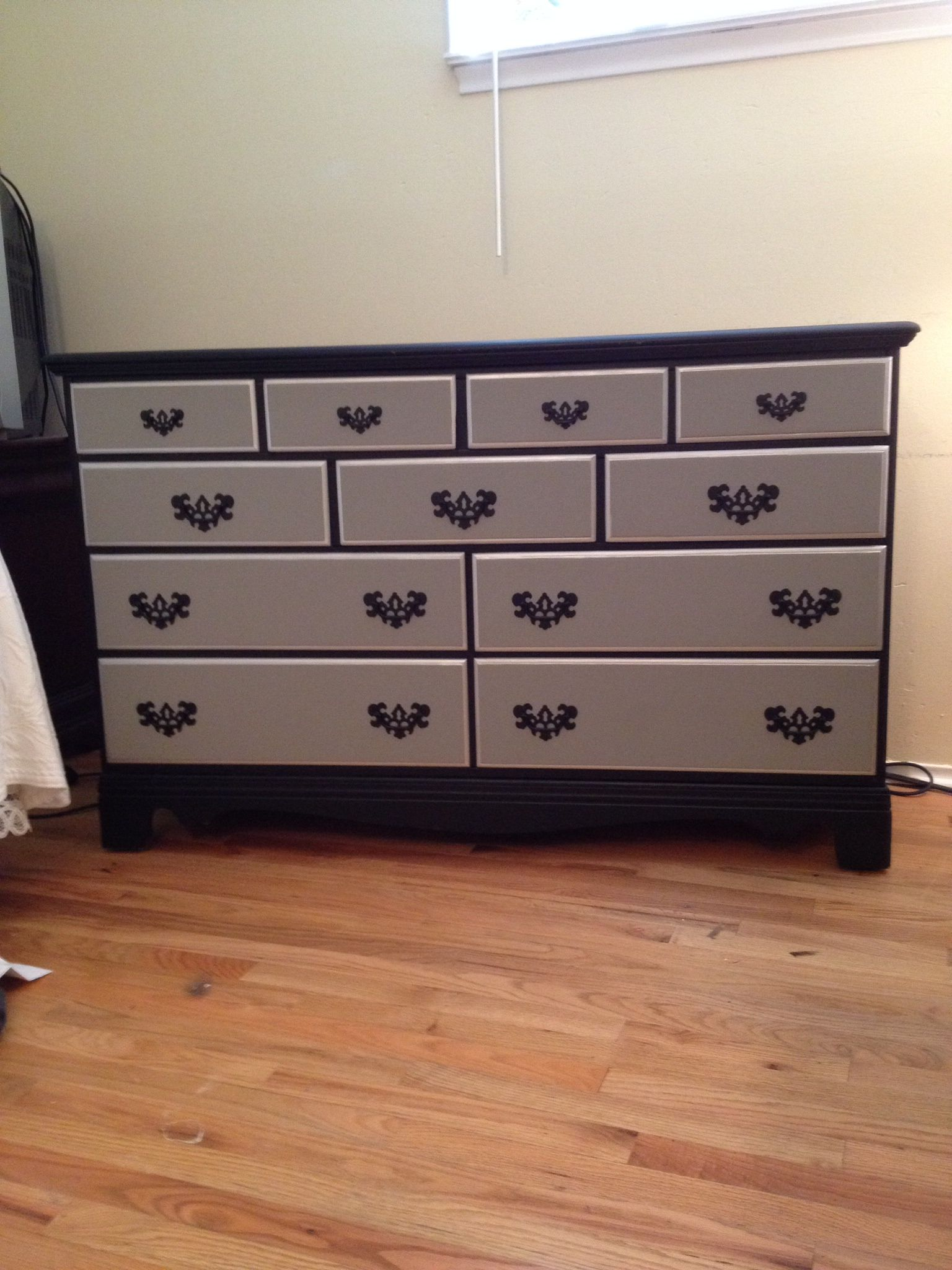 new dresser to match my night stands black matt grey and. Black Bedroom Furniture Sets. Home Design Ideas