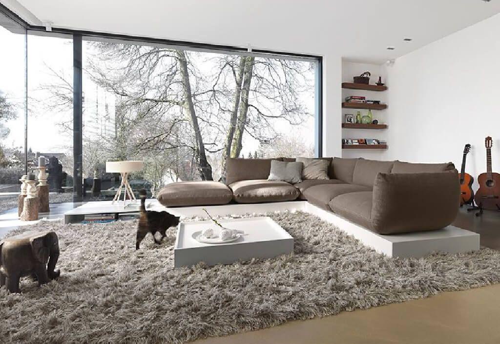 Gemütliche Wohnzimmer Einrichtung   Ideen U0026 Inspiration Mit Holz, Grau,  Dekoration, Große Fenster   Interior Design Wohnzimmer Auf HausbauDirekt