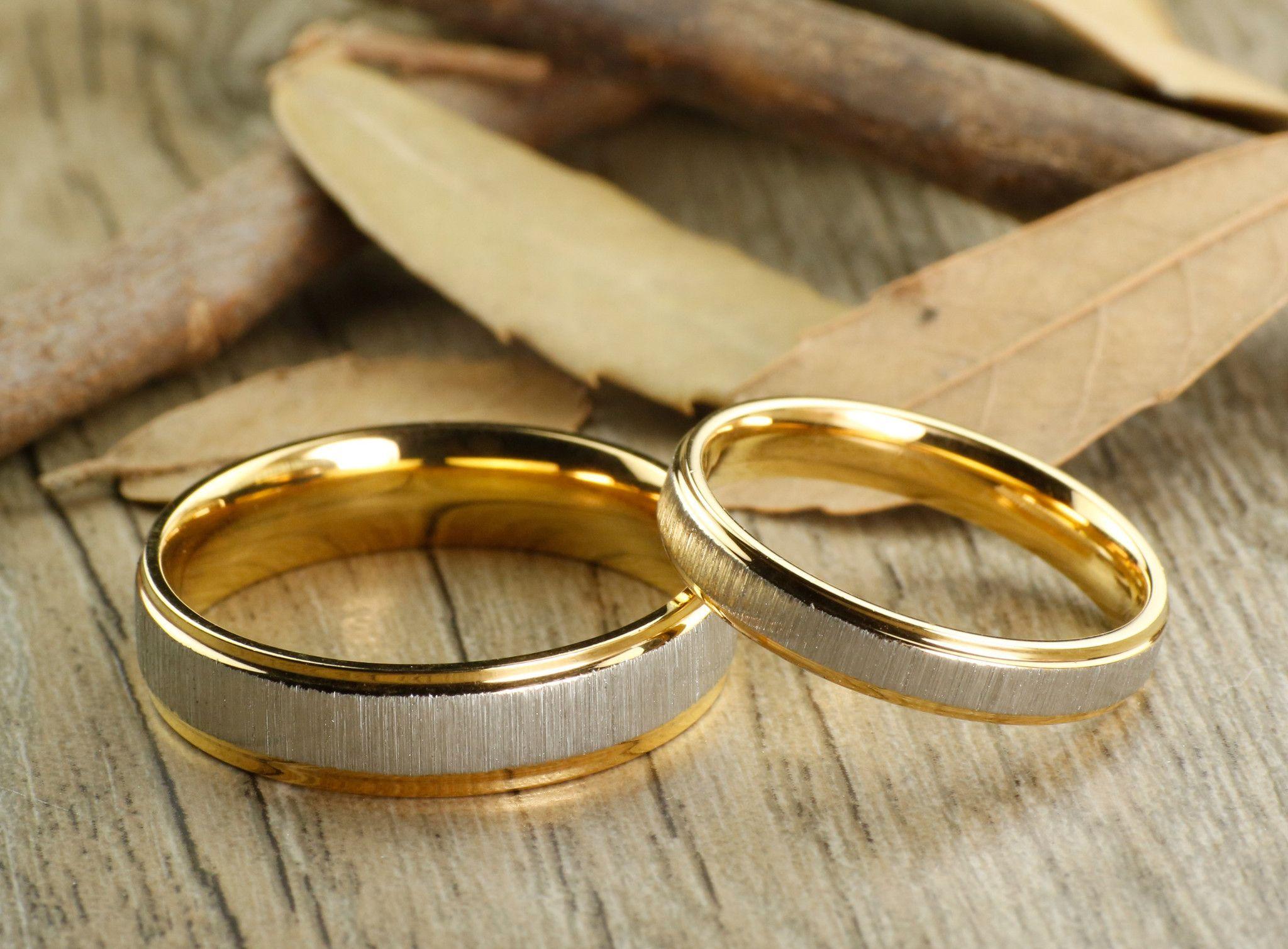 Handmade His and Her 18k Gold Wedding Titanium Rings Set