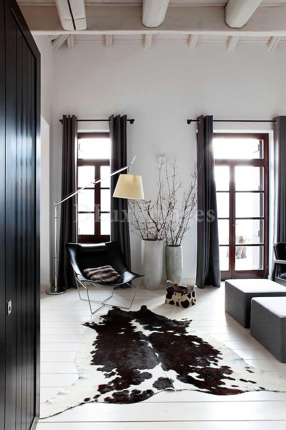 Black And White Cowhide Rug Koeienhuid Vloerkleed Woonkamer Appartement Interieur