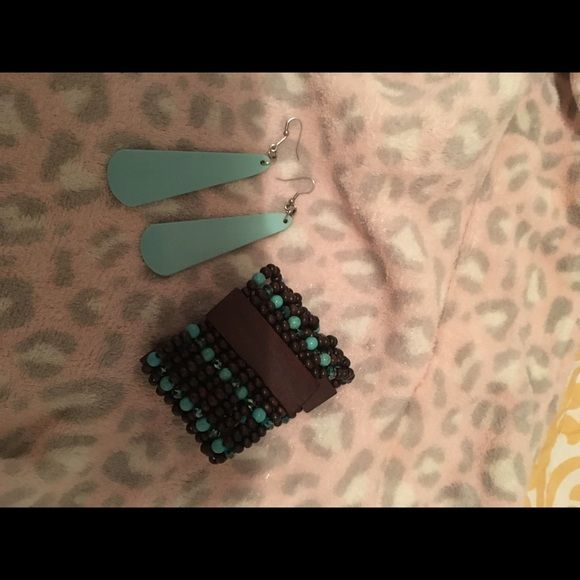 Jewelry Turquoise slabs with free bracelet! Very pretty on! You will get compliments every time! Jewelry Earrings