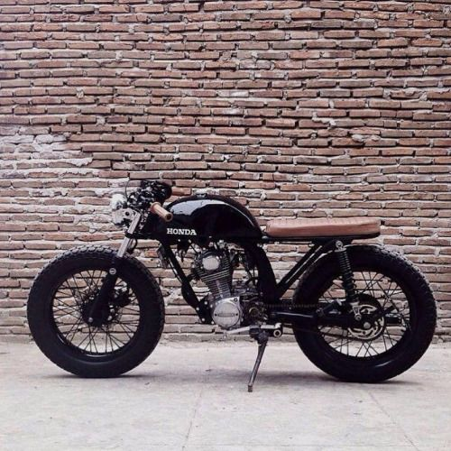 Honda Awesome bike  #bike #caferacer #motorcycle... #overbold #caferacer #motorcycle #bratstyle #bobber #custom #bcn #bikes #motorbike #bespoke #handmade #caferacer #overboldmotorco #tracker #streettracker #flattracker #honda #yamaha #suzuki #ossa #triumph #bmw #guzzi #motoporn #lifestyle #cafexxx #dirttrack #flattracker