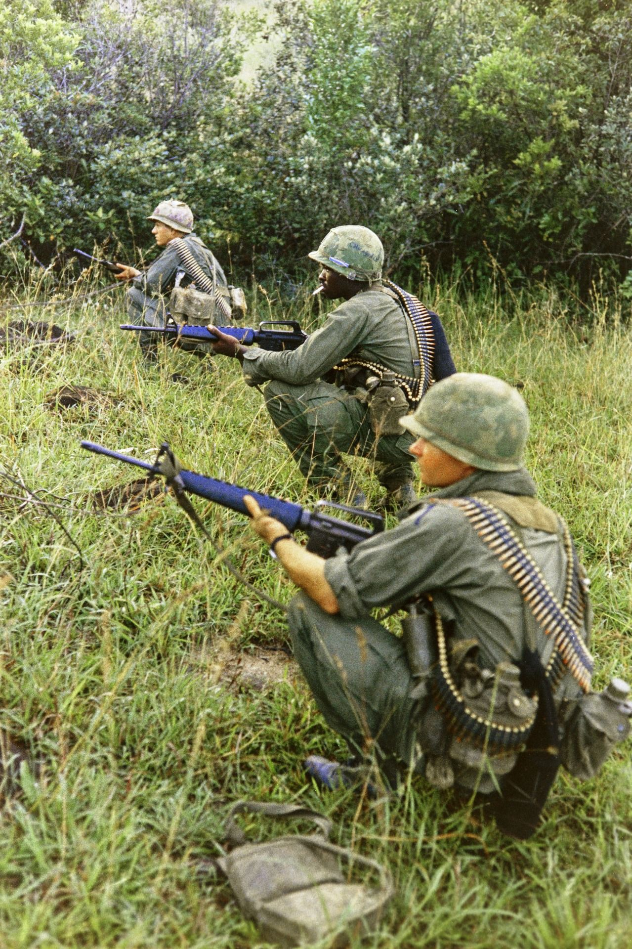 U.S. soldiers in position in the first wave of a helicopter combat assault, 10/26/1967. (National Archives Identifier 66956835)