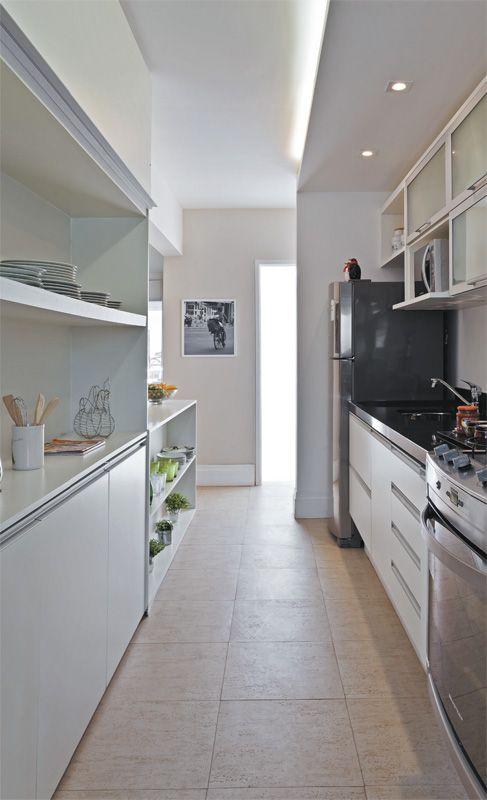 Apartamento decorado pequeno cozinha com arm rio - Armarios para casas pequenas ...