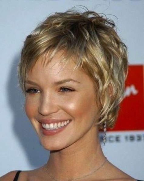 Cortes de pelo rizado corto para mujeres 2014 fotos de los peinados
