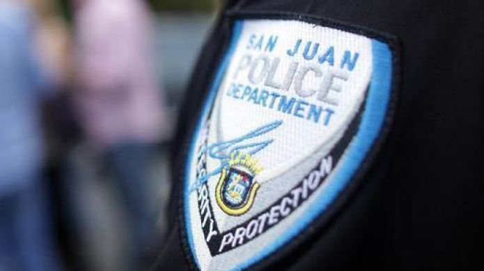 Policia Municipal De San Juan Arresta Hombre Con Vehículo Hurtado Juventus Logo Police Sport Team Logos