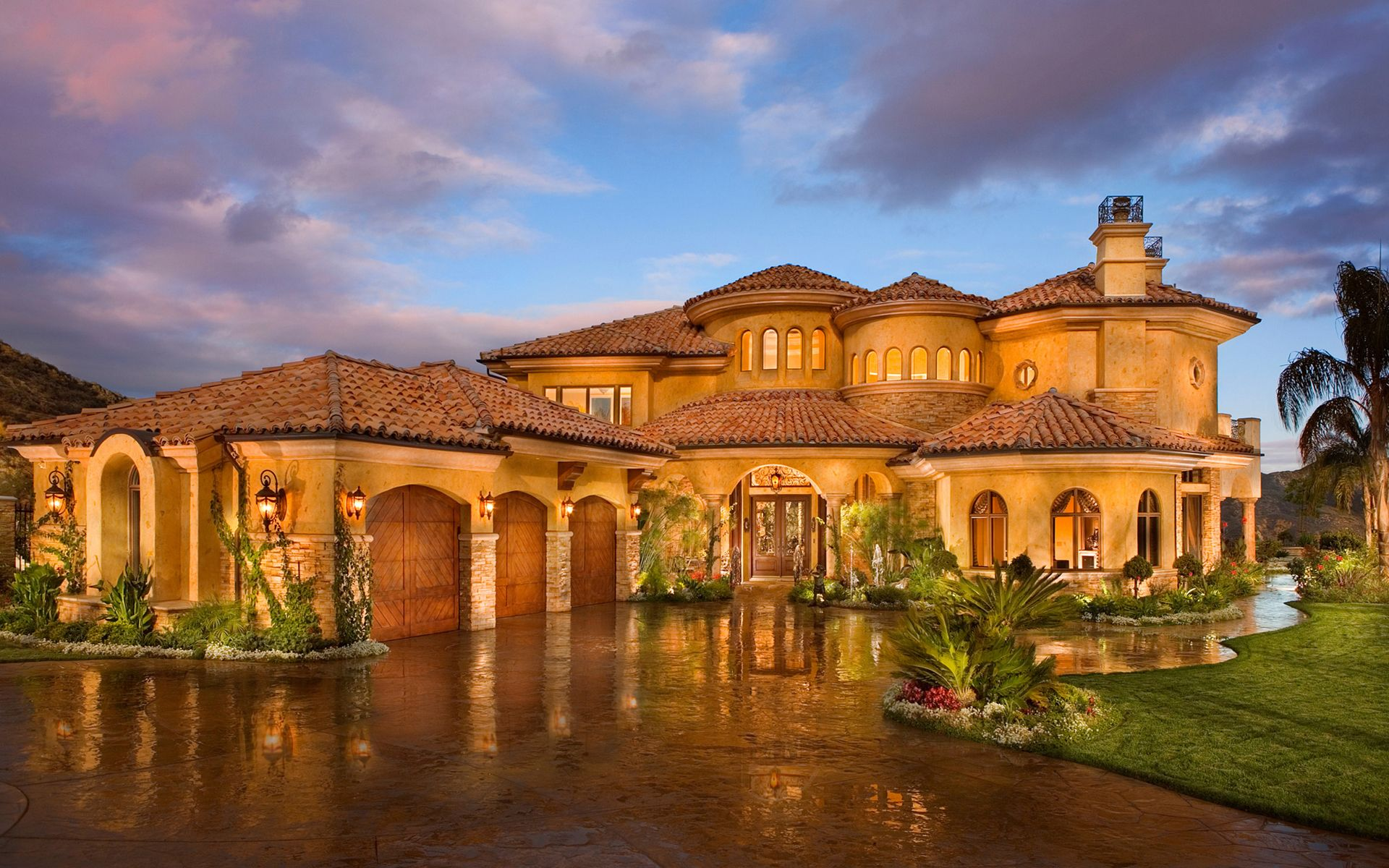 The audrey custom home designed and built by tampa home builders - We Are Designer Luxury Home Builders That Combine Affordable Custom Home Building And We Do It