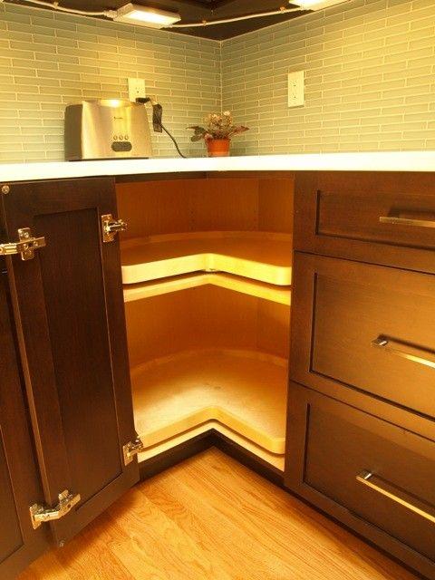 Pin By Malerie Kelly On Inside My Home Kitchen Cabinet Design Kitchen New York Modern Kitchen