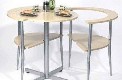 Mesa de desayuno compacta para ahorrar espacio