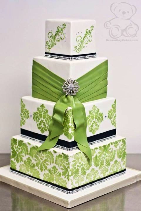 I do like this cake.  I think the green is perfect for it.. a brighter color might be too much