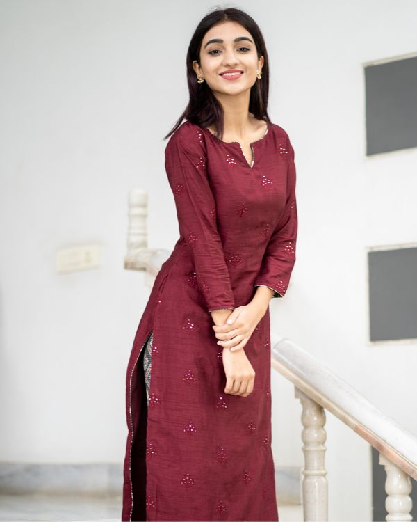 Shop Maroon embroidered kurta with patola pants -
