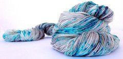 Luce - 75% Superwash Merino 25% Nylon - Sock