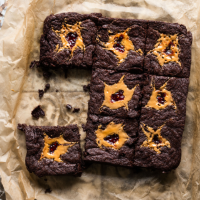 Peanut butter and raspberry jam brownies in 2020