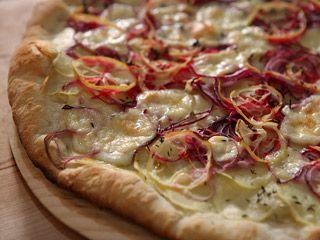 Recetas Narda Lepes Pizza blanca de papa y limón
