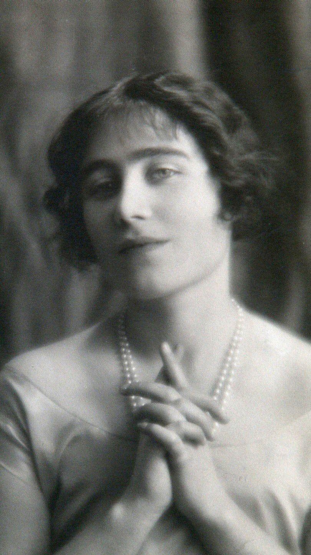 Elizabeth, Queen Mother Queen mother, Queen mum, Royal