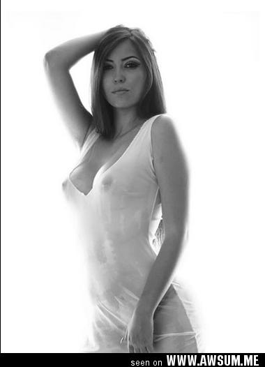 Hot arab girl nude
