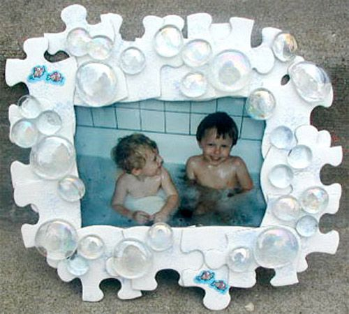 Make a unique bubble picture frame using puzzle pieces and craft ...