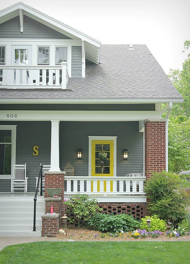 The Best Paint Colors For A Front Door Makeover Brick Exterior House House Paint Exterior Brick House Colors