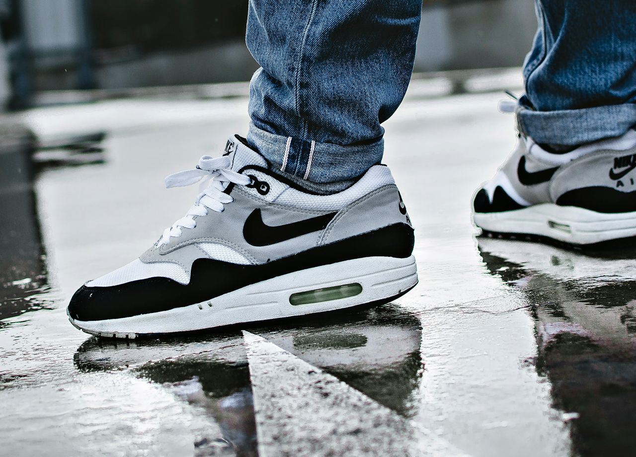 official photos 3c35e 13767 Nike Air Max 1 OG Black - 1999 (by  inwardlybe-represent)