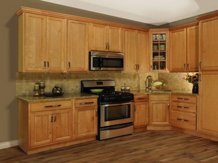 Kitchen paint colors kitchen paint colors with oak for Light colored kitchen cabinets