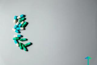 اضرار تناول المضادات الحيوية بكثرة Internal Medicine Primary Care Physician Medicine