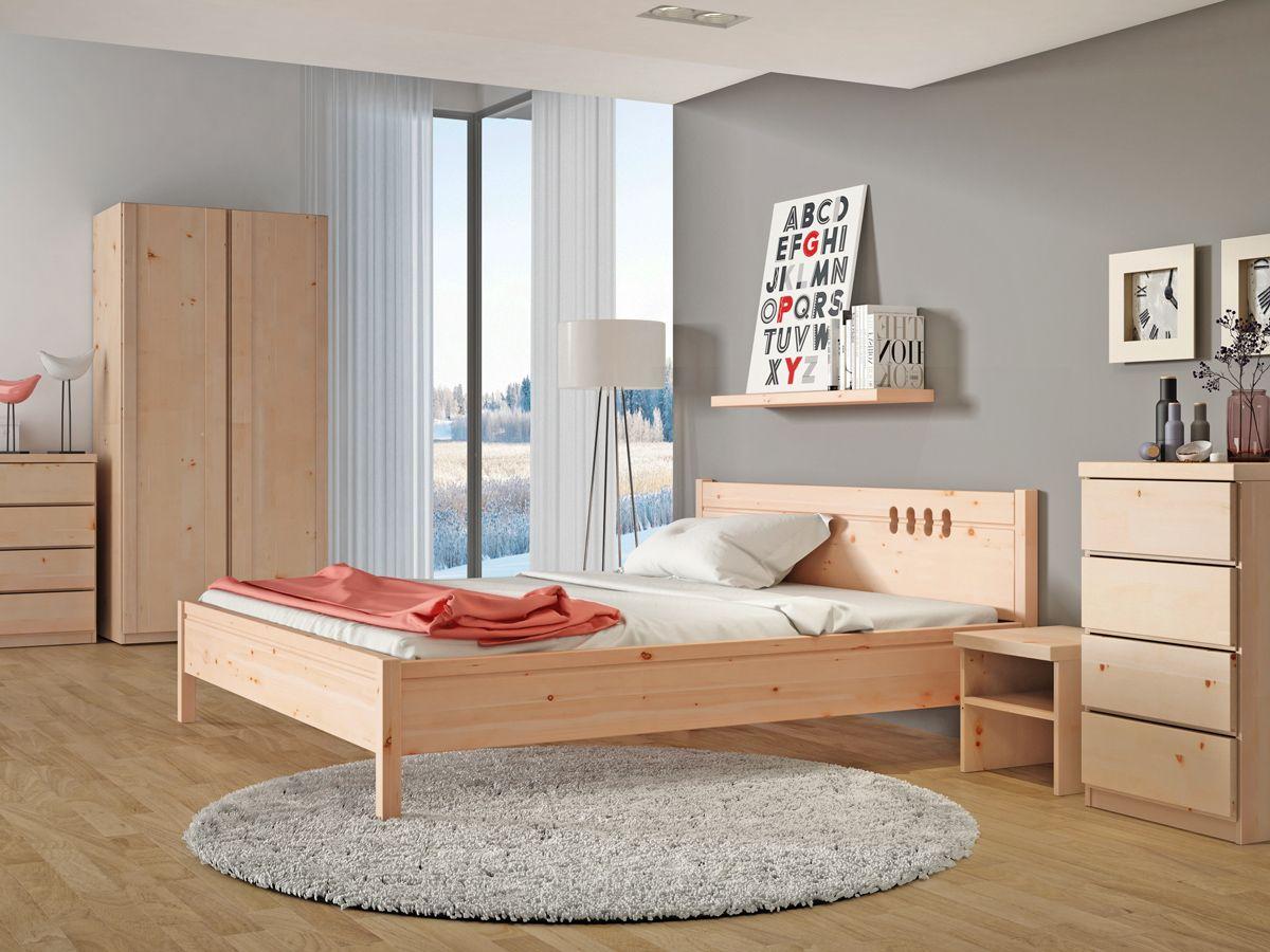"""Schlafzimmer mit Zirbenbett """"Anna"""" von LaModula"""