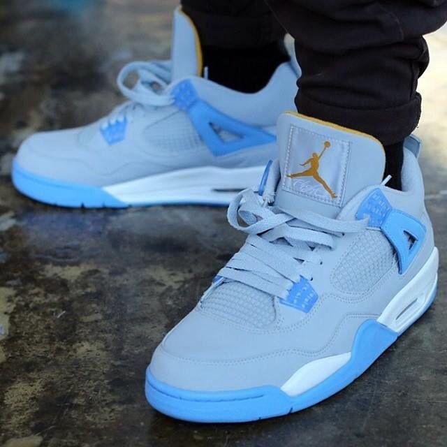 Air Jordan 4 mist blue