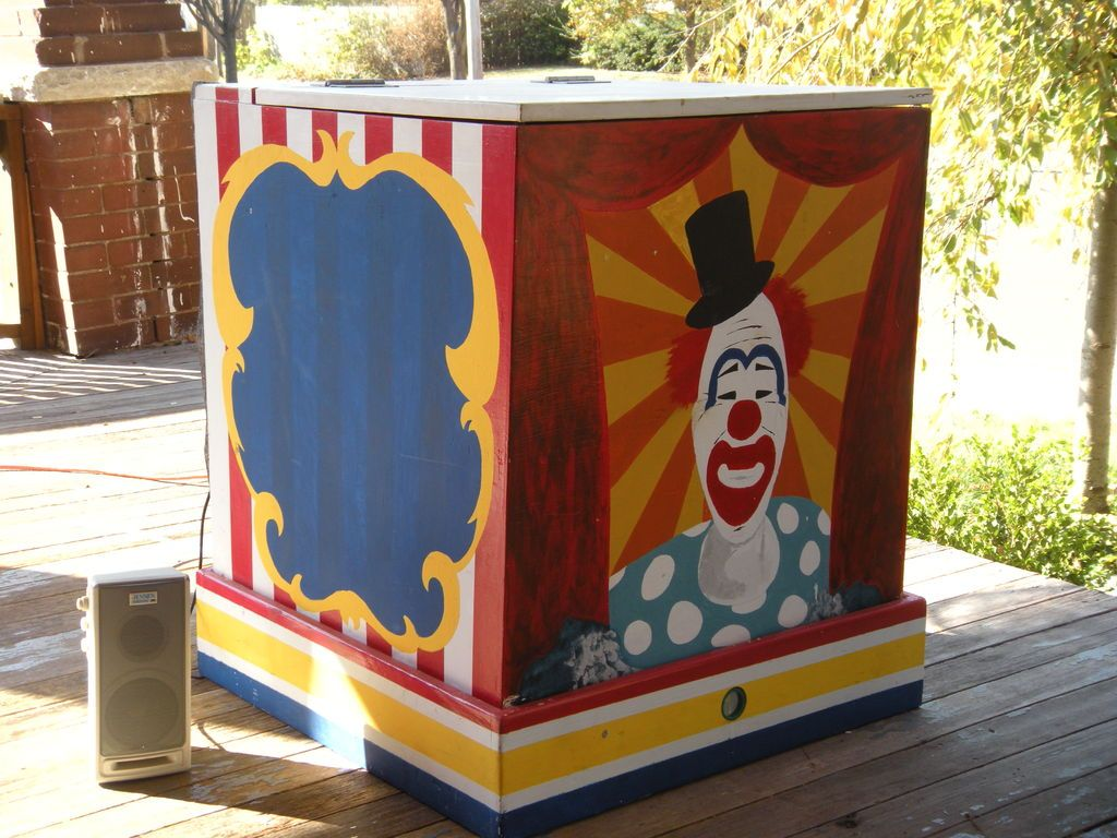 Halloween Jack In The Box Prop.Simple Solution For Adding Sound To Your Pneumatic Prop Clown