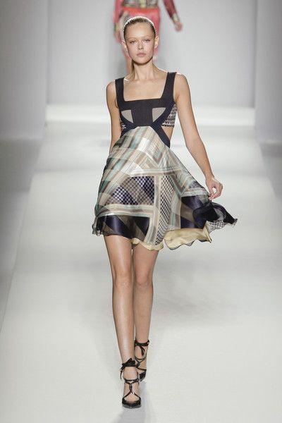 Sportmax S/S 2011, Milan Fashion Week