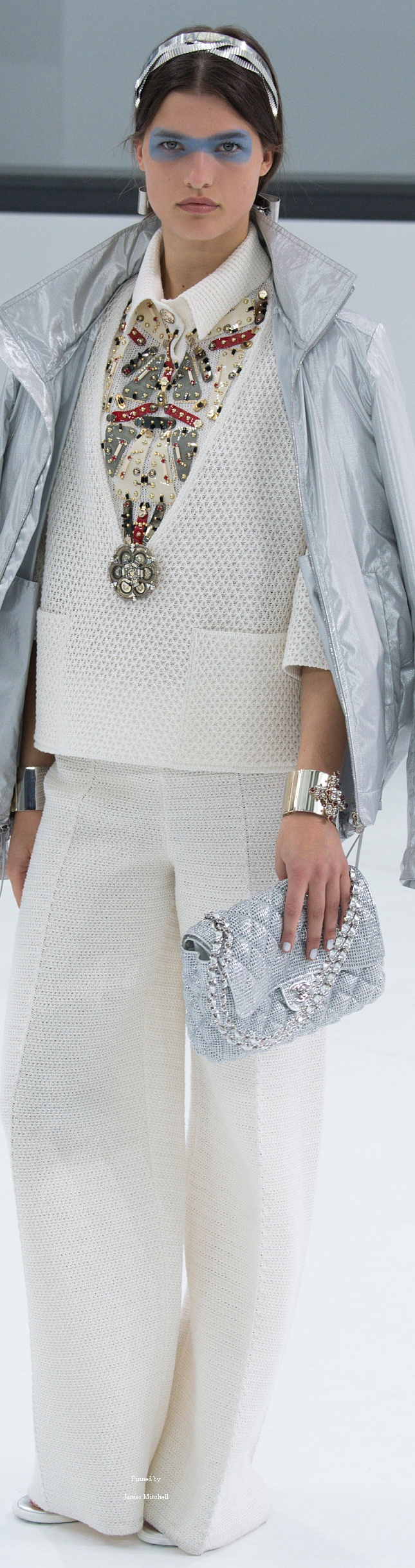 Chanel Collection Spring 2016 Ready-to-Wear