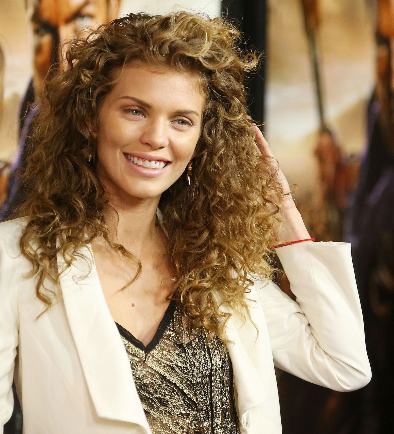 42 Hairstyles That Really Show Off Your Curls | Curly hair ...