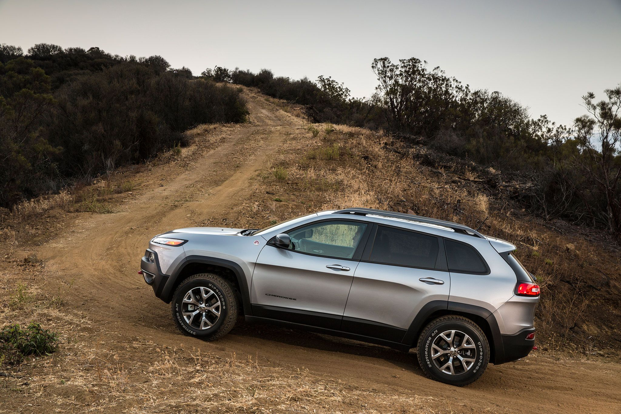 aggressive and jeep cherokee auto bold news