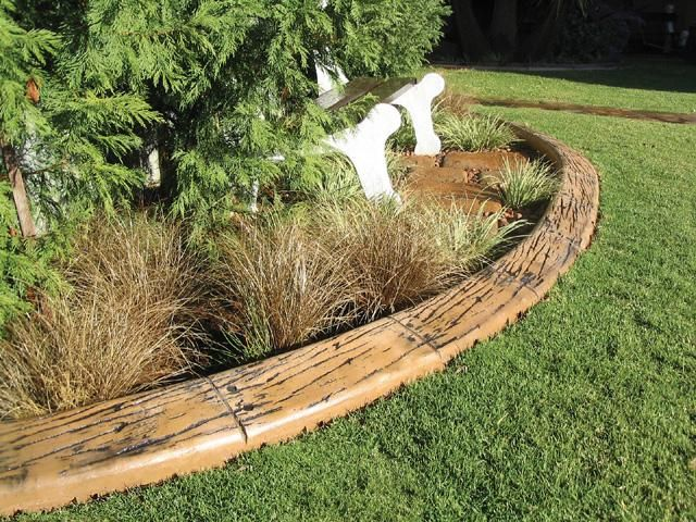 Garden Ideas With Wood diy pallet garden Find This Pin And More On Garden Edging Ideas