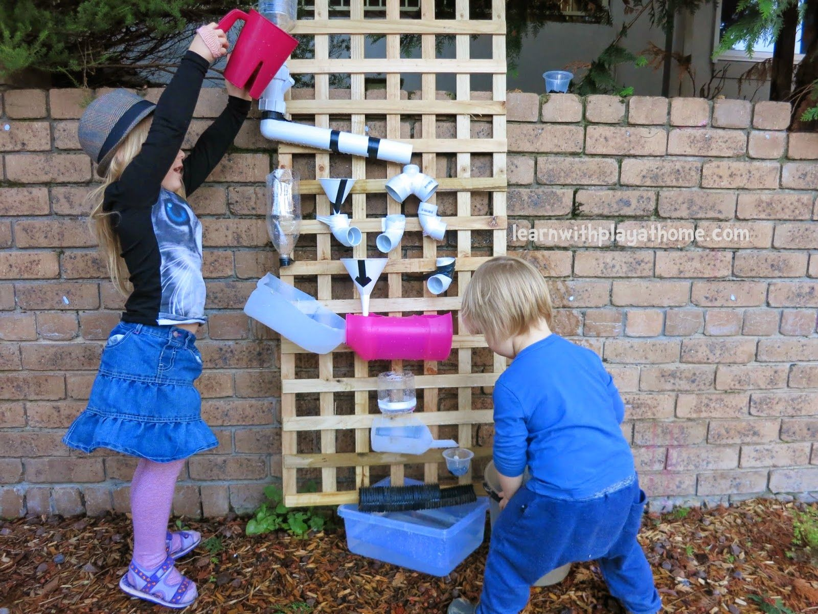 Diy patio water wall the interior frugalista diy patio water wall - How To Make A Water Wall For Kids Water Walls Plays And Water