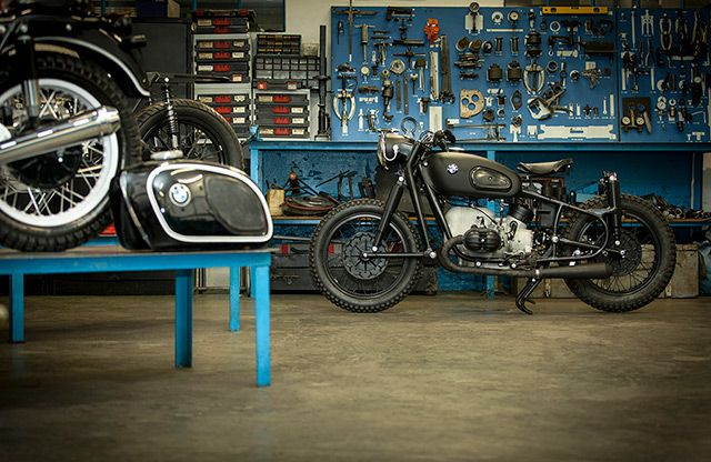 BMW R50 Bobber by Cytech #motorcycles #bobber #motos | caferacerpasion.com