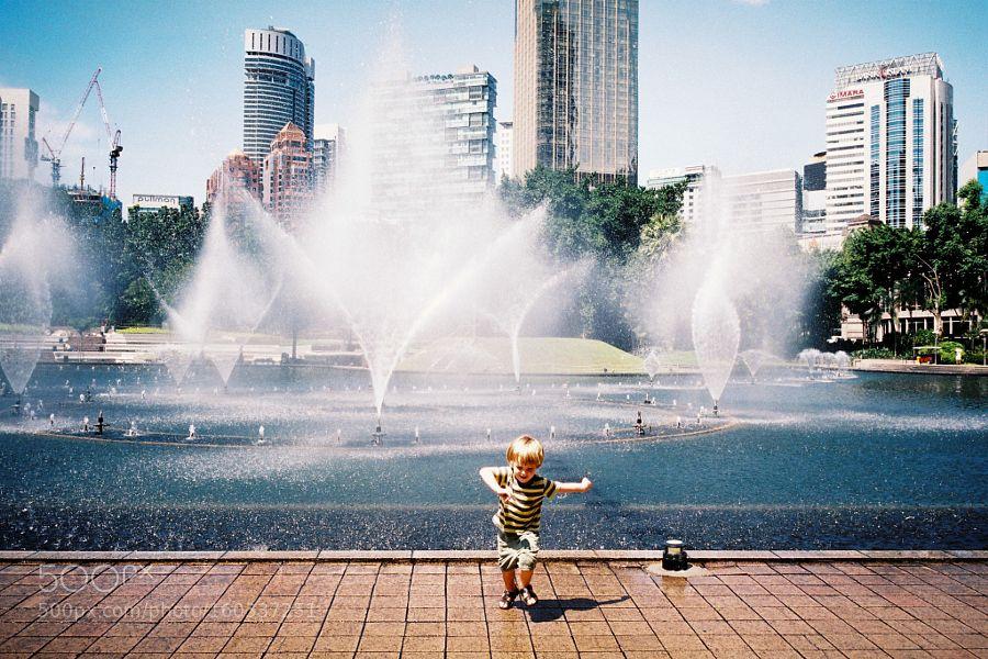 Splash by clyeow8