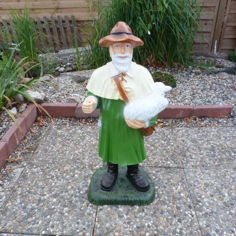 Schafer Mit Schaf Schaferfigur Hirte Figuren Teich U Gartenfigur Rp024 Gartenfiguren Figuren Shop Figur