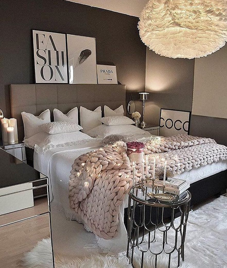 Okay Not The Room But The Blankets And Pillows I Love Inspiration Chambre A Coucher Deco Chambre A Coucher Deco Chambre